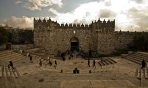 Tour-from-Damascus-Gate-to-the-Nea-Church-harli